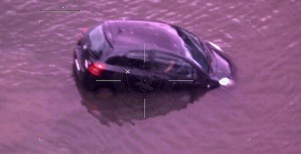 澳吸毒女子驾车沉入河流 警方动用直升机搜寻